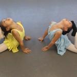 バレエ教室 幼児クラス:音楽に合わせて楽しみながら身体を動かし、正しい姿勢、柔軟性、リズム感を養います。